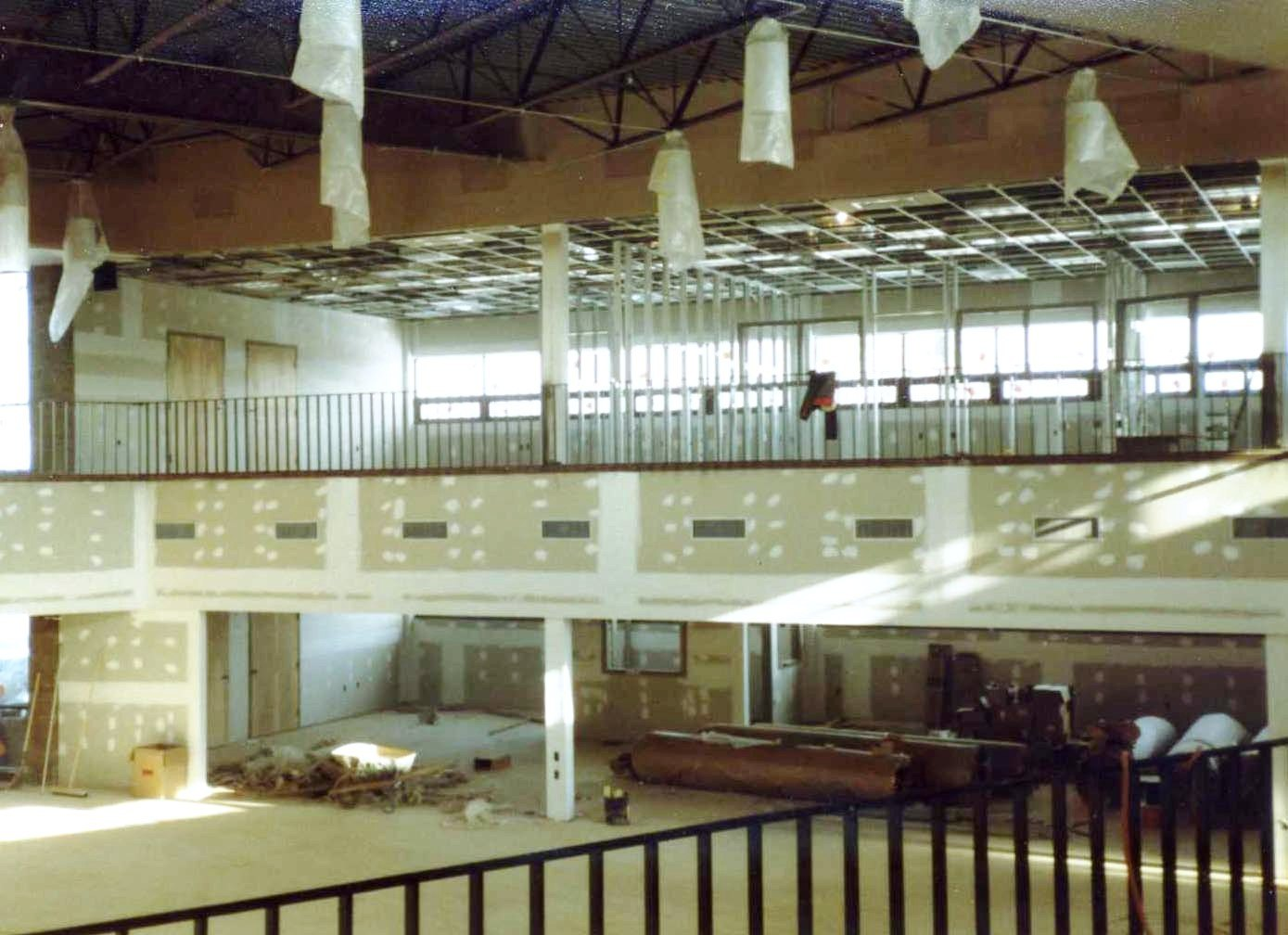 Indoor construction on the new Reston facility, early 1983. Source, NMAM Archives #0001 AMA Collection.