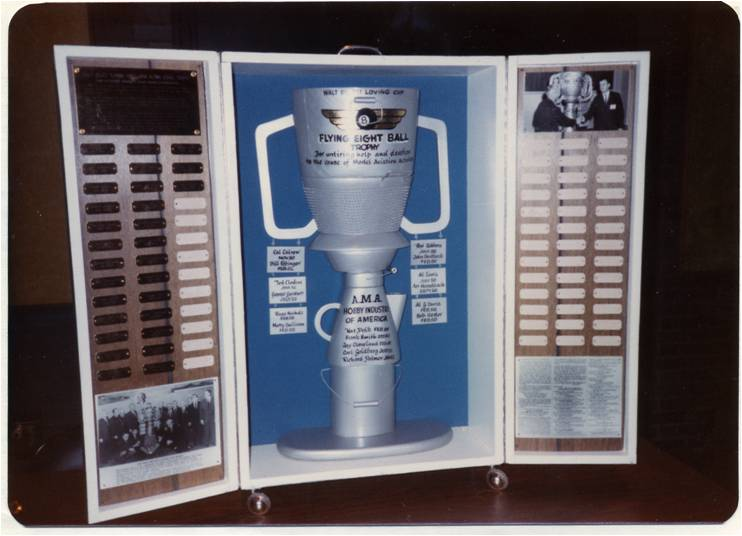 HIA Show, Chicago: The second, transportable Flying Eight-Ball/Walt Billet Loving Cup Trophy, January 1986. It cost $969.53 to make, coming in only slightly under the set $1000 budget. (Source: National Model Aviation Museum Archives, AMA Collection #0001. Photo Credit: John Worth.)